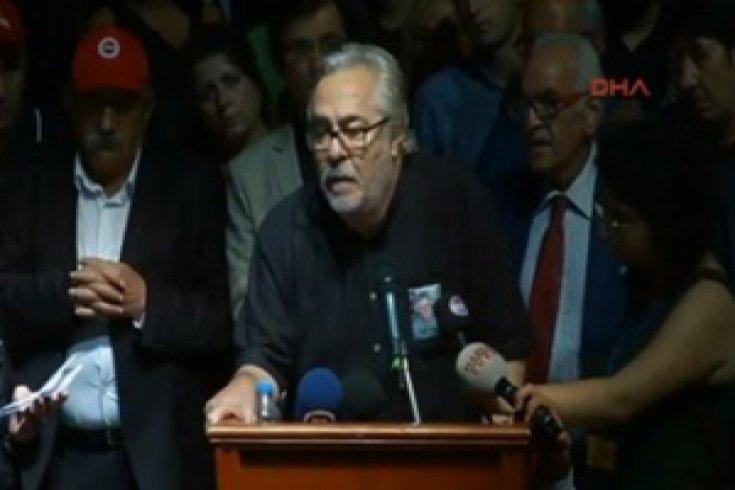 #TarıkAkan Cenaze Töreni; Rutkay Aziz'in ağlatan Konuşması