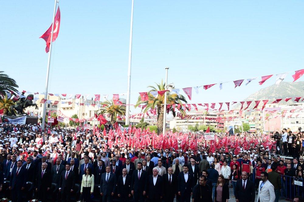 Kılıçdaroğlu, Hatay Büyükşehir Belediyesi'nin toplu açılış törenine katıldı