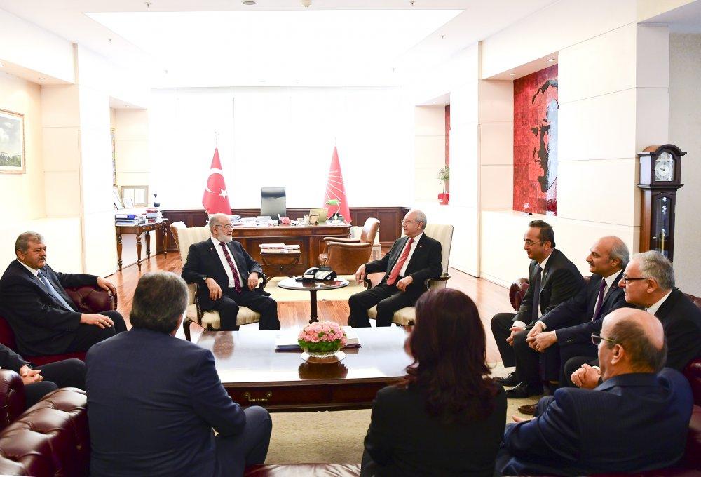 Kılıçdaroğlu, Temel Karamollaoğlu ile CHP Genel Merkezi'nde görüştü