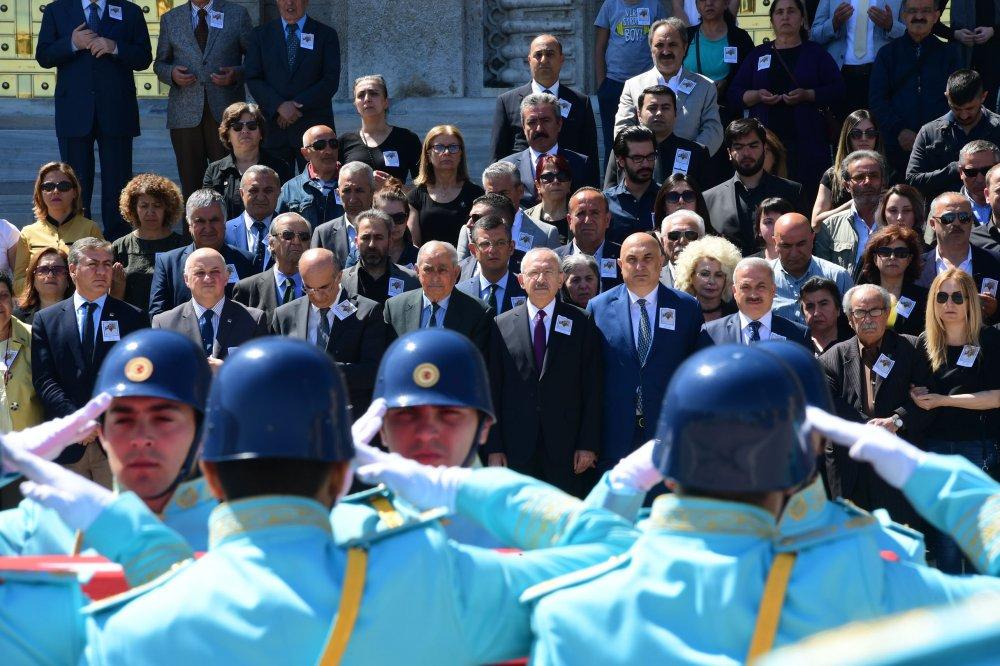Kılıçdaroğlu, 17. Dönem Tunceli Milletvekili Musa Ateş için TBMM'de düzenlenen cenaze törenine katıldı