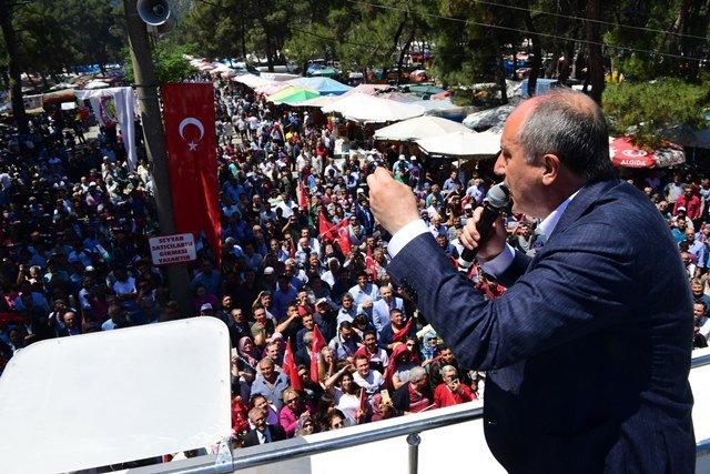 Cumhurbaşkanı adayı İnce, Manisa'da Geleneksel Çam Festivali'ni ziyaret etti