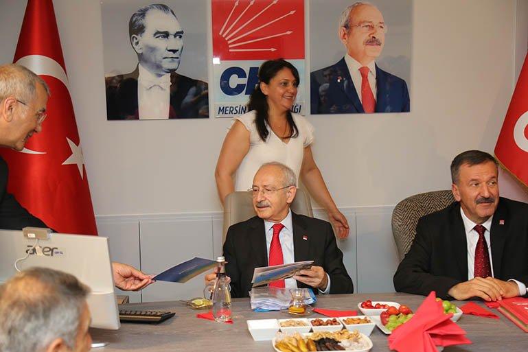 Kılıçdaroğlu, CHP Mersin İl Başkanlığı'nın yeni binasının açılışını yaptı