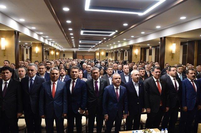 Kılıçdaroğlu, Antalya Esnaf Odaları ve Sanatkarlar Odası Birliği'nde konuştu