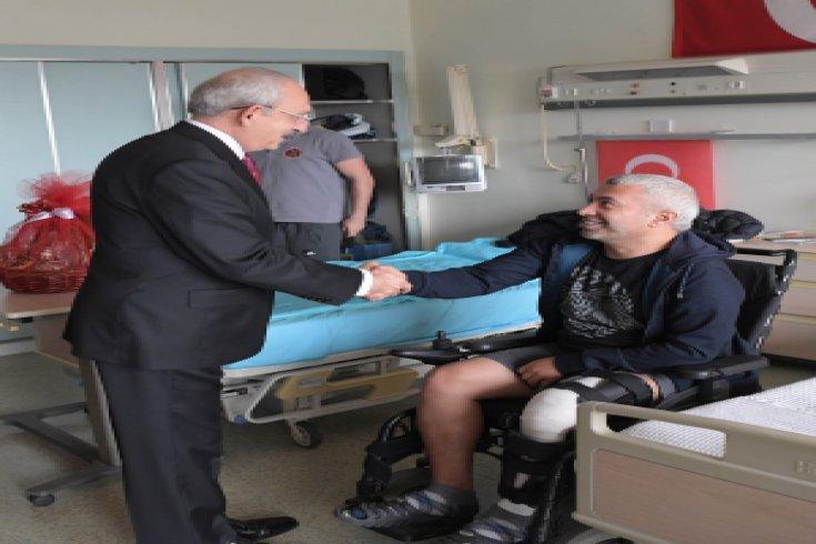 CHP Lideri Kemal Kılıçdaroğlu, Ankara'da gazileri ziyaret etti