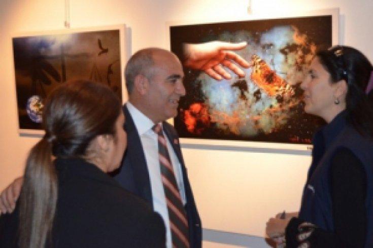 İzmir'de Ellerin Rüyası sergisi