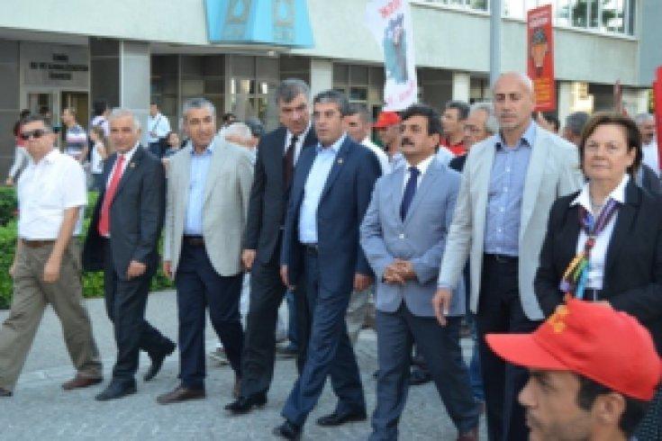İzmir'de Gökhan Günaydın Esintisi
