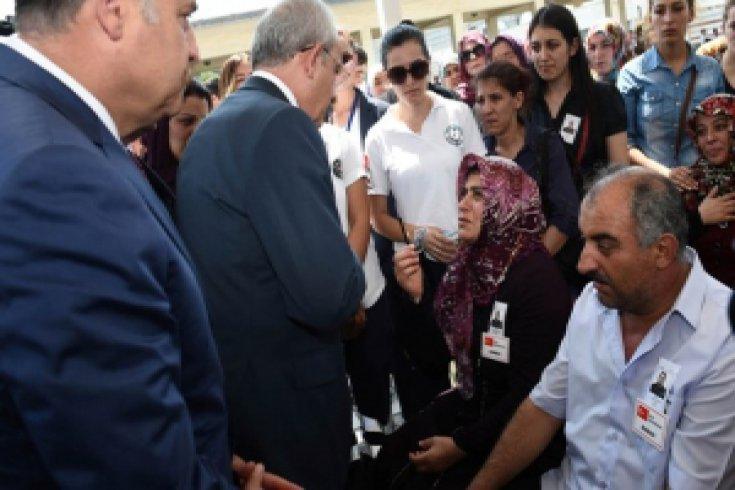 Kılıçdaroğlu, Şehid Onbaşı Hamza Yıldırım'ın cenazesine katıldı