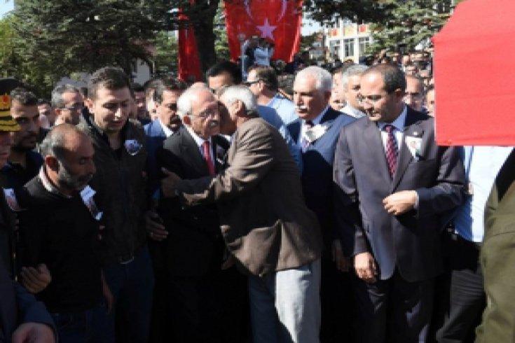 Kılıçdaroğlu Şehit Ufku Demirel'in cenazesine katıldı