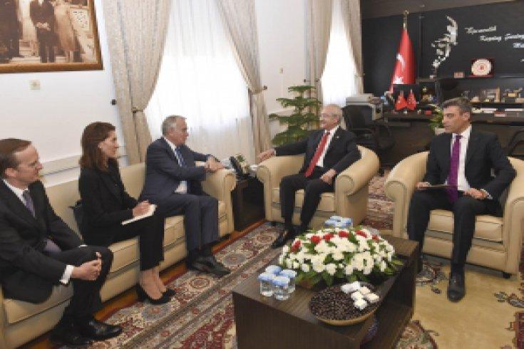 Kılıçdaroğlu, Fransa Dışişleri Bakanı ile görüştü