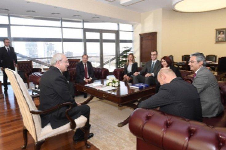 Kılıçdaroğlu, Sosyal Demokrat Belediyeler Derneği ile görüştü