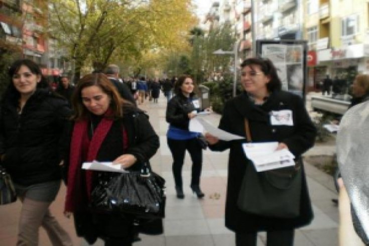 KADINA ŞİDDETE KARŞI CHP'Lİ KADINLAR İŞBAŞINDA