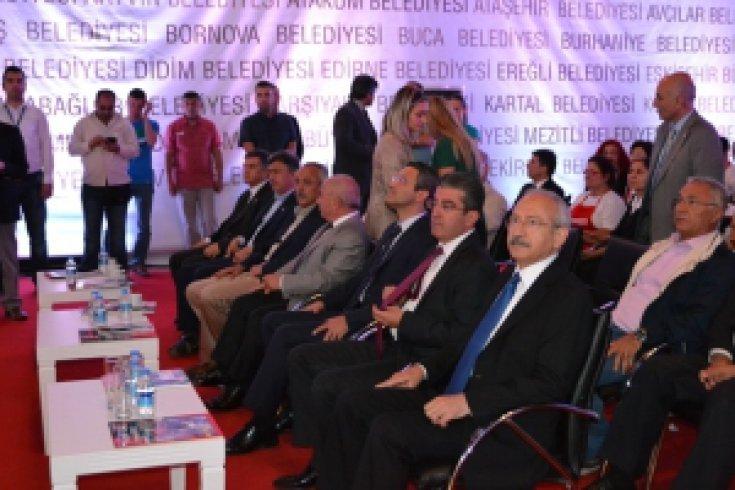 Kemal Kılıçdaroğlu İstanbul'da Fuar'da