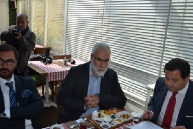 Kenan Malkoç, CHP il başkanı Salıcı'yı istifaya çağırdı