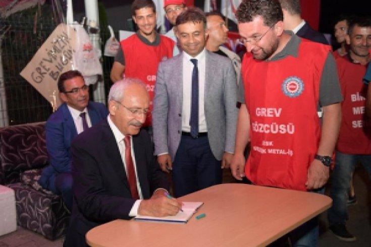 Kılıçdaroğlu, Düzce'de grev yapan işçileri ziyaret etti