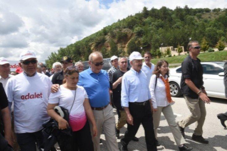 Kılıçdaroğlu'ndan Hasan Tatlı'nın ailesine başsağlığı dileği