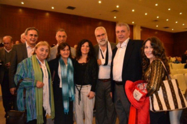 Mustafa Balbay Dostları İzmir'de İmzada