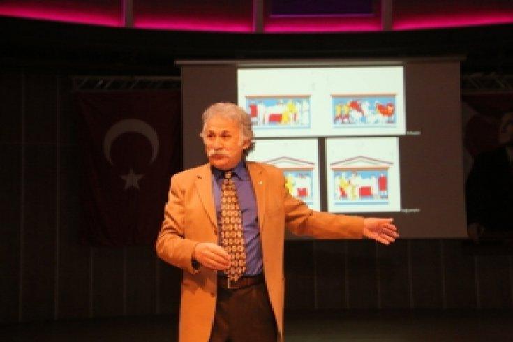 Prof. Dr. Fahri Işık Hekatomnos Lahdini Akademia Vakfı için anlattı