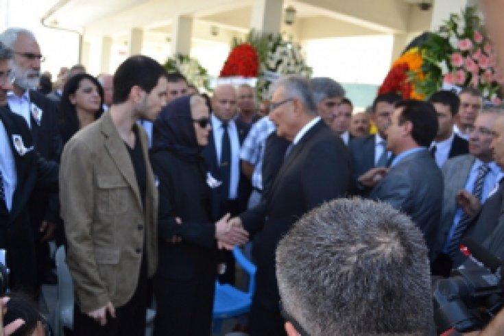 Prof. Dr. Fatih Hilmioğlu oğlunu toprağa verdi