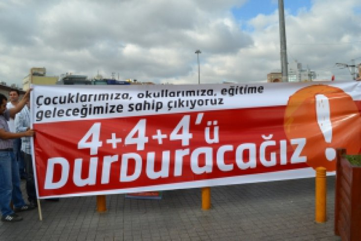 Taksim'de 4+4+4 Karşı Eylem