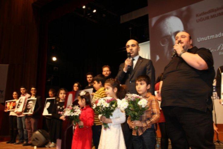 Uğur Mumcu ve Devrimci Şehitler Bakırköy'de Anıldı