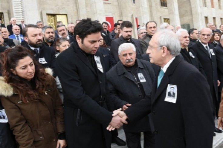 Kılıçdaroğlu, Enver Öktem'in cenaze törenine katıldı