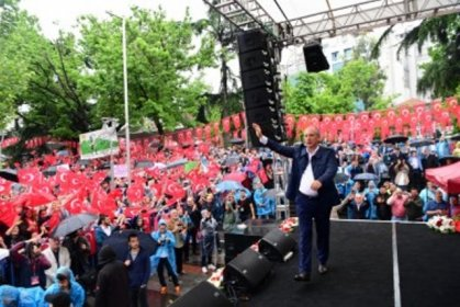 Muharrem İnce Trabzon'da halka hitap etti