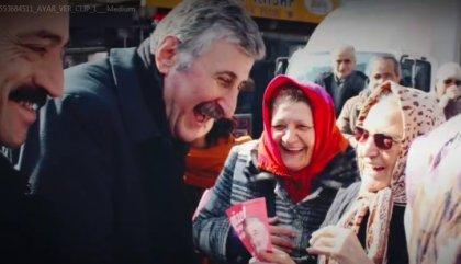 Alper Taş'tan yeni seçim şarkısı