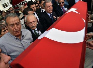 Kılıçdaroğlu, gazeteci Taki Doğan'ın cenaze törenine katıldı