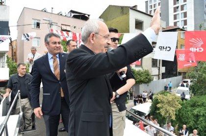 Kılıçdaroğlu, İstanbul Kağıthane' de vatandaşlarla buluştu