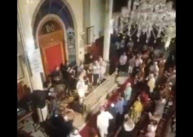Diyanet 30 Ağustos'ta Atatürk'ü anmaktan kaçındı, Musevi yurttaşlar sinagogda İzmir Marşı söyledi