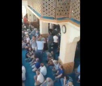 'Atatürksüz' 30 Ağustos hutbesine cami cemaatinden tepki: Camiyi terk ettiler