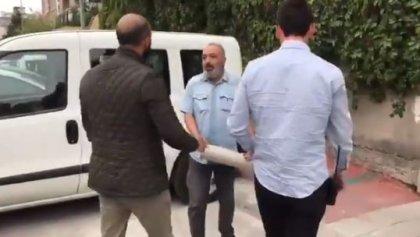 AKP Ankara il binası önünde oturma eylemi yapmak isteyen KHK'lı yaka paça gözaltına alındı!