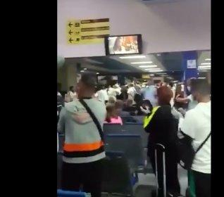 Kübalı doktorlar İtalya'da alkışlarla karşılandı