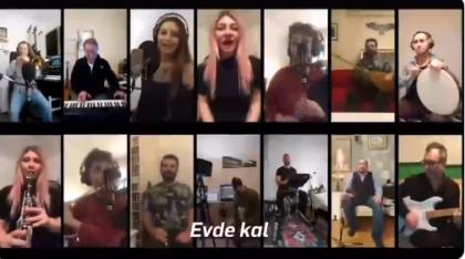 İBB orkestraları sanatçılarından 'evde kal' şarkısı