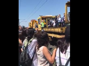 Çorlu tren katliamının yaşandığı yerde keşif yapıldı, aileler keşif alnına alınmamalarına tepki gösterdi