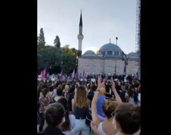 İstanbul'da Pınar Gültekin protestosu