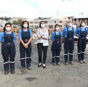 Şehir Hatları'nda bir ilk: Beş kadın gemici iş başı yaptı