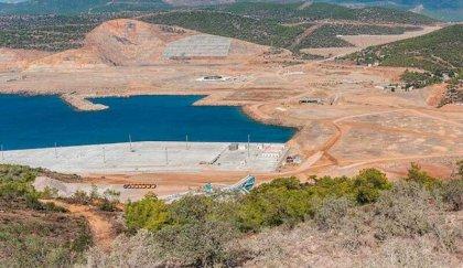 'Akkuyu Nükleer Santrali'nin beton zemini çatladı, deniz suyu sızıyor'