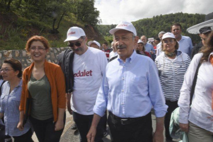 Adalet Yürüyüşü Kızılcıhamam'a vardı