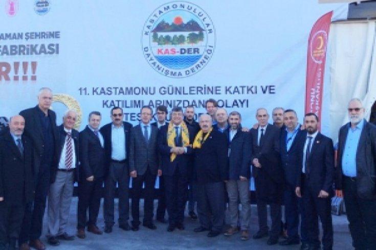 CHP Genel Sekreteri Kamil Okyay Sındır, İstanbul'da 11. Kastamonu Günlerini ziyaret etti