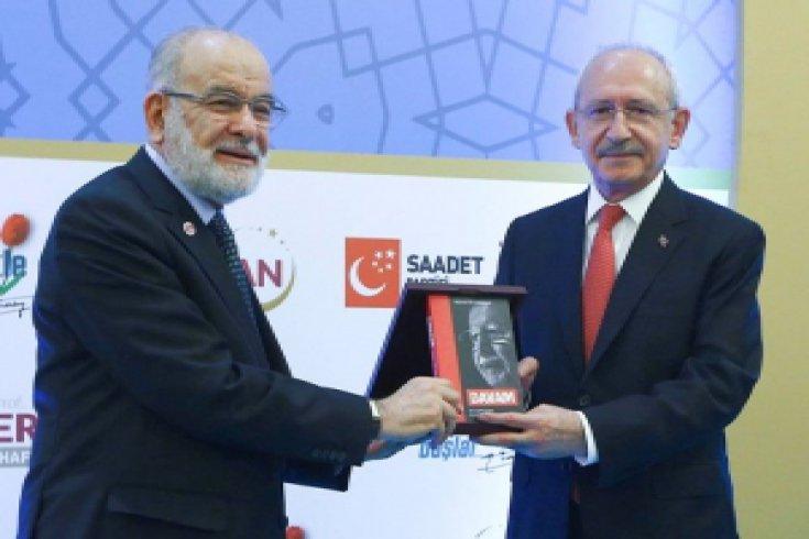 CHP lideri Kılıçdaroğlu, Erbakan'ı anma töreninde