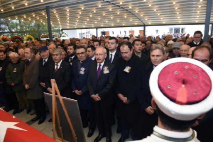 CHP Lideri Kılıçdaroğlu, Nail Güreli'nin cenazesine katıldı