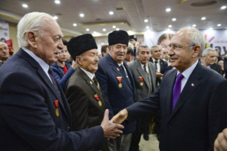 CHP lideri, Polatlı'da STK, muhtarlar ve kanaat önderleriyle buluştu