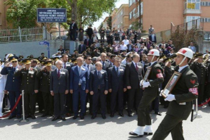 Kılıçdaroğlu, Şehit cenazelerine katıldı