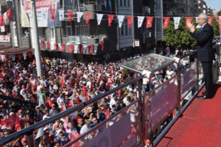 Kılıçdaroğlu, Ceyhan'da halkla buluştu