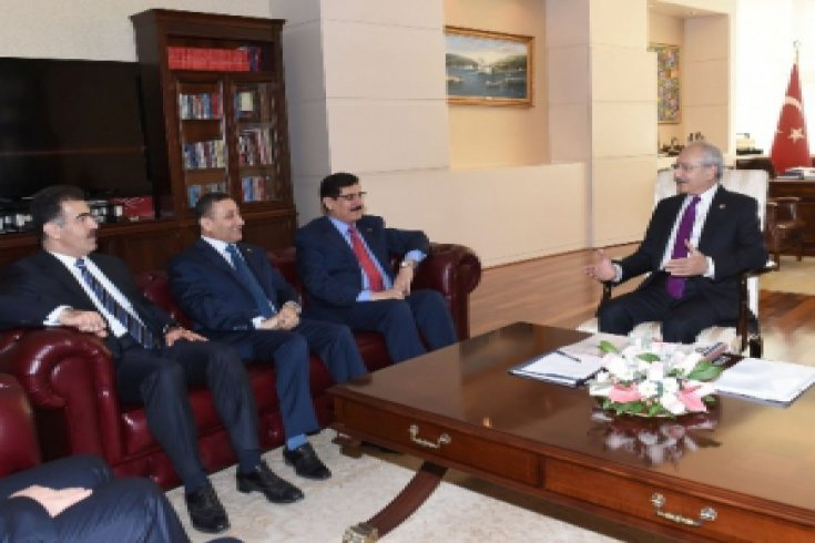 Kılıçdaroğlu, Kuzey Irak'tan gelen KDP Heyeti İle görüştü