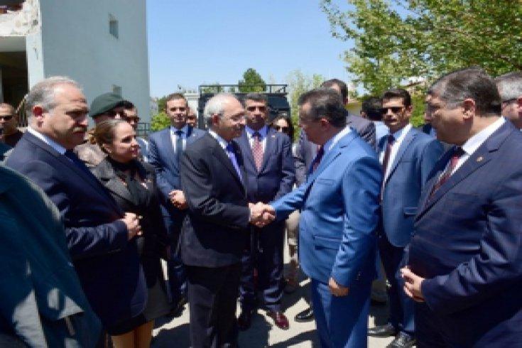 Kılıçdaroğlu, Özel Harekat Daire Başkanlığı'nı ziyaret etti