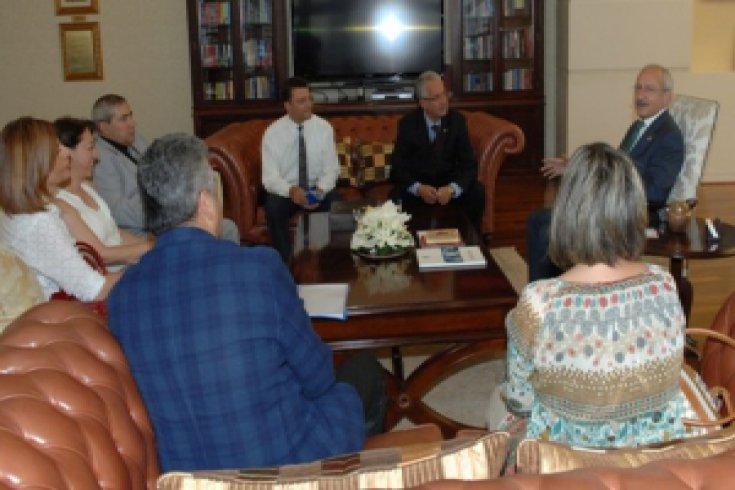 Kılıçdaroğlu, TMMOB Gıda Mühendisleri Odası heyetini kabul etti