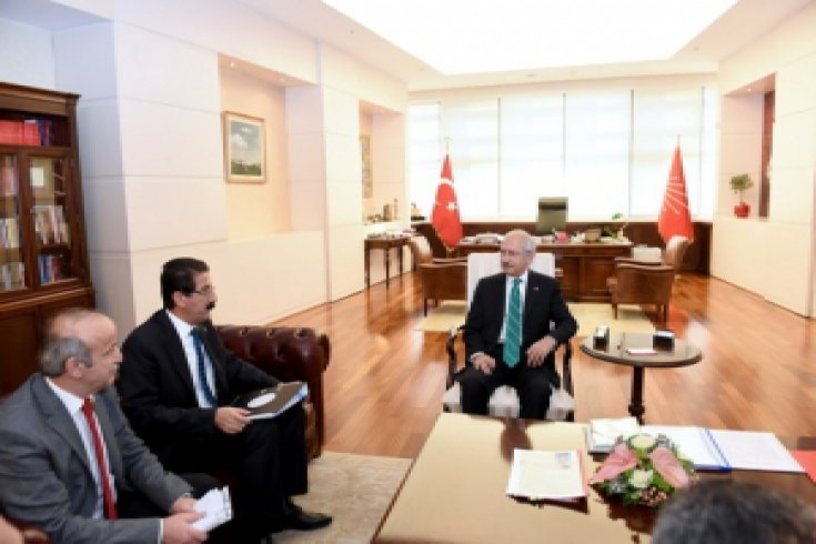 KESK Genel Başkanı Lami Özgen, Kılıçdaroğlu'nu ziyaret etti