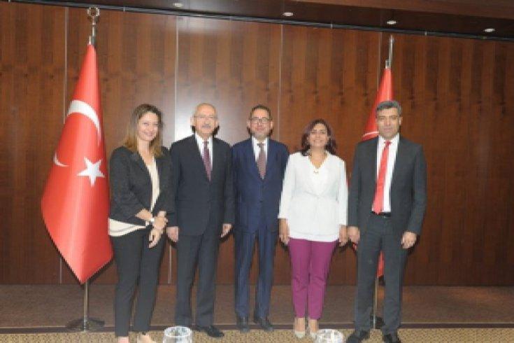 Kılıçdaroğlu, Avrupa Parlementosu Sosyalist ve Demokratlar Grubu Başkanı ile görüştü